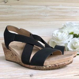 Life Stride Mexico Black On Trend Sandal Size 7